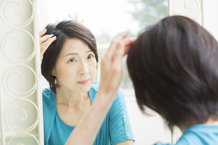 女性の抜け毛薄毛対策におすすめ!ヘアフィラーの効果とは