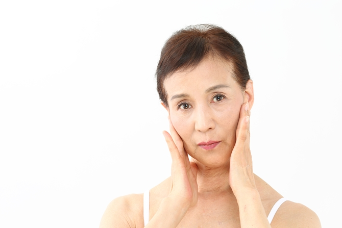 【若返りの秘訣】顔のボリュームロス(頬のコケ等)はヒアルロン酸ボリューマで解決!