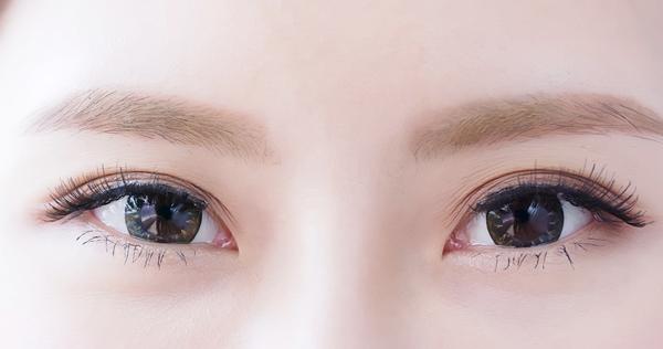 眉毛下リフトとは何なのか?まぶたのたるみをスッキリさせる方法をご紹介!