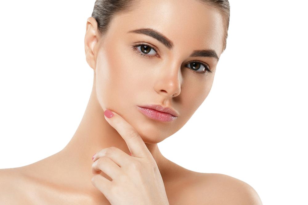 顔脱毛は毛穴引き締めにも効果あり?特徴をわかりやすく解説いたします!